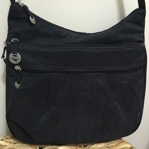 Travelon Multi Compartment Travel Bag! 💥